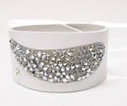 Leder Armband mit Swarovski Elements Steinen -